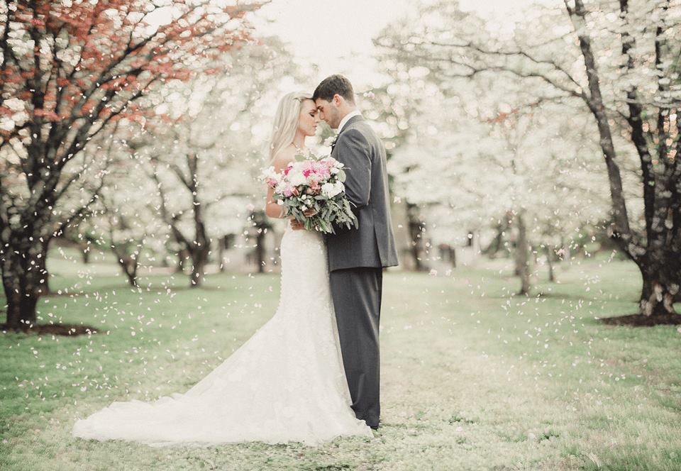 Tuxedo Rentals for your Knoxville Wedding
